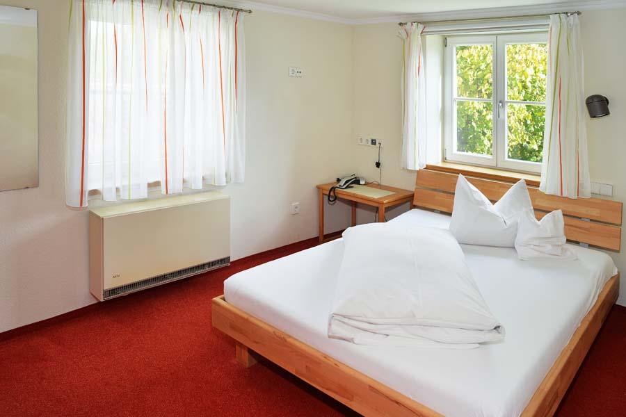 Zimmer Mühlbach-KLosterhof Gutenzell-2017-14 900x600