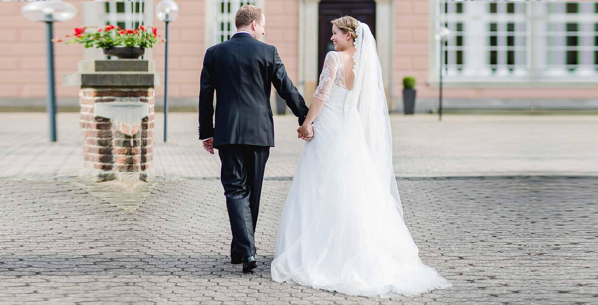 Schloss-Gracht-Feiern-Hochzeit-Wp-1